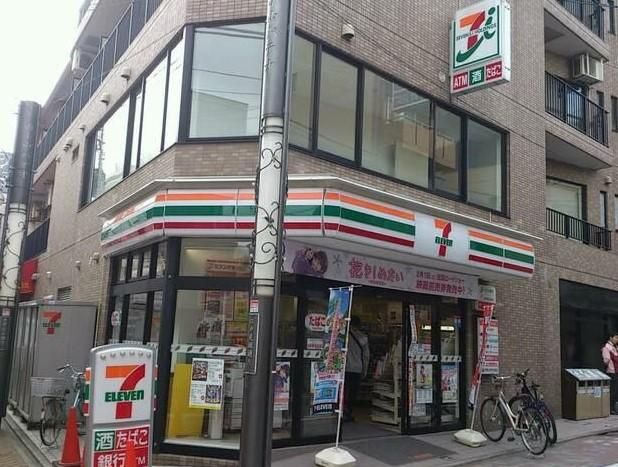 【コンビニエンスストア】セブンイレブン 新宿大久保通り店まで316m