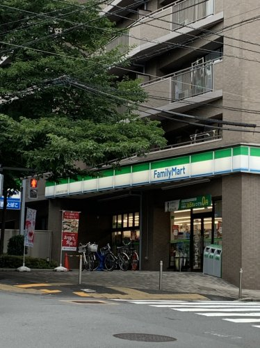 【コンビニエンスストア】ファミリーマート 佐野久下目黒店まで639m