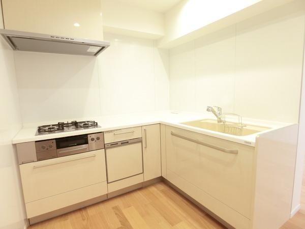 ■L字型のゆとりのあるキッチン
