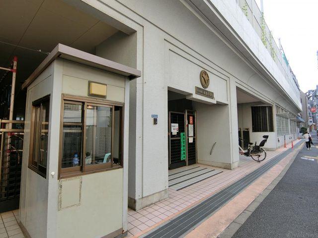 港区立赤坂小学校 徒歩4分。 310m