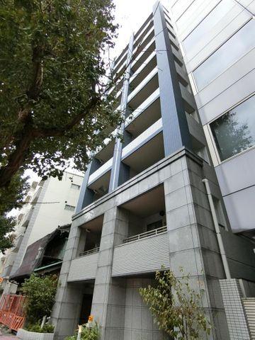 人気の新中野駅2分、お部屋は青梅街道に面していないため便利ながらも静かな環境です。