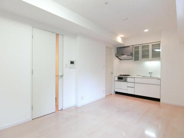 2006年と築浅のマンションで、室内もきれいな状態です。