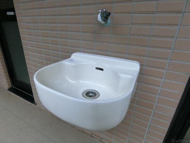 14.23m2の専用庭お子様のプールやペットの洗い場など専用庭の用途の幅が広がりますね。