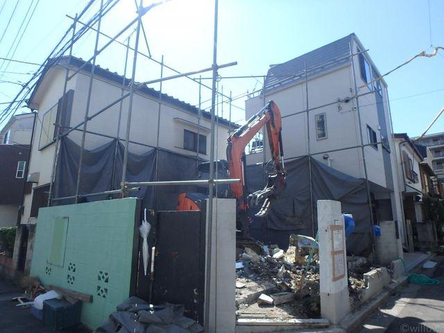 建物は現在解体中で10月下旬に更地となる予定です。