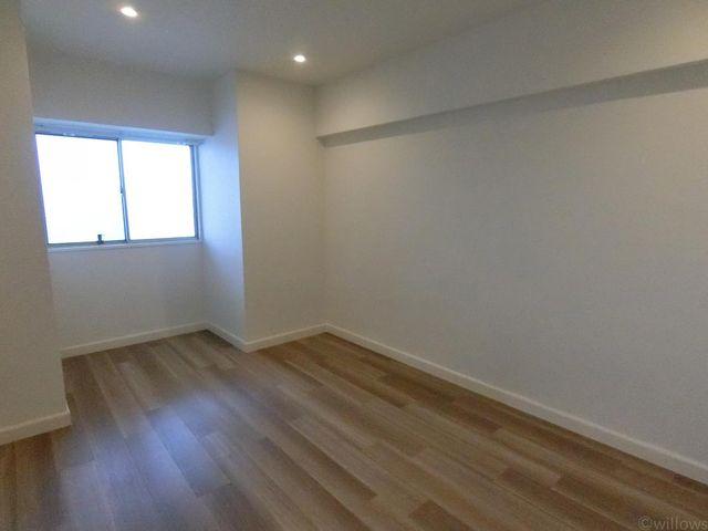 ■廊下側洋室6.5畳
