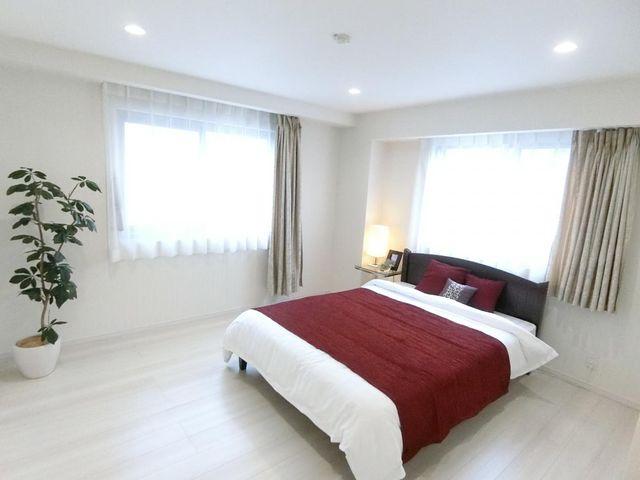 9帖の居室は主寝室にもゲストルームにもなりますので、幅広い用途でご検討くださいませ。
