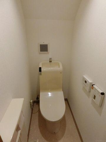 音姫が備え付けのトイレです。