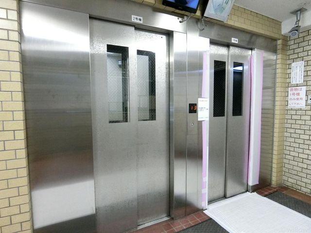 エレベーター2台で忙しい朝も安心ですね。