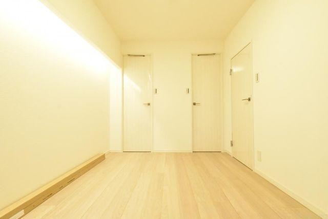 お子様のお部屋、書斎、ゲストルーム等、汎用性の高いお部屋でありながら、プライベートな時間を満喫できる個室にも。もちろん収納もしっかり完備。