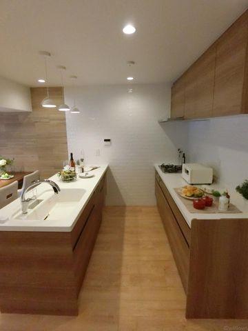 キッチンスペースもしっかりと確保できておりますので、毎日のお料理も楽しくなりますね!