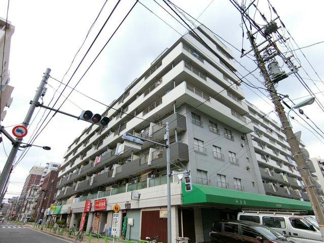 総戸数255戸の大規模マンションでございます。