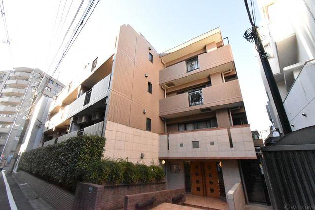 2000年5月築。総戸数20戸のマンションになります。通りから1本入った場所にございますので閑静な環境にございます。