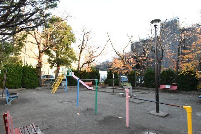 萩中南児童公園 徒歩1分。 80m