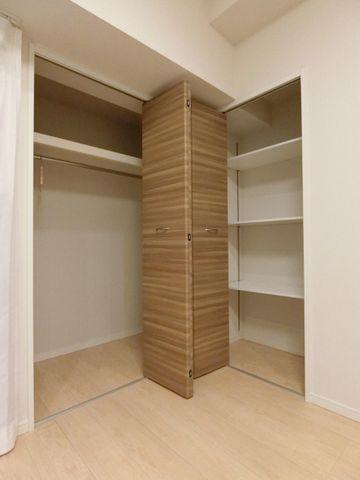 各部屋を最大限に広く使って頂ける様、全居室に収納付。スーツやコートにジャケット、季節物の家電と多様に収納できます。プライベートルームはゆったり快適に。。