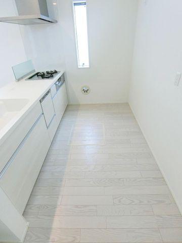 キッチンスペースの横幅もばっちりです。