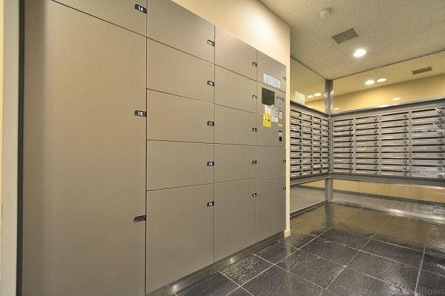 宅配ボックスも複数完備です。不在時も安心してお受け取りできます。