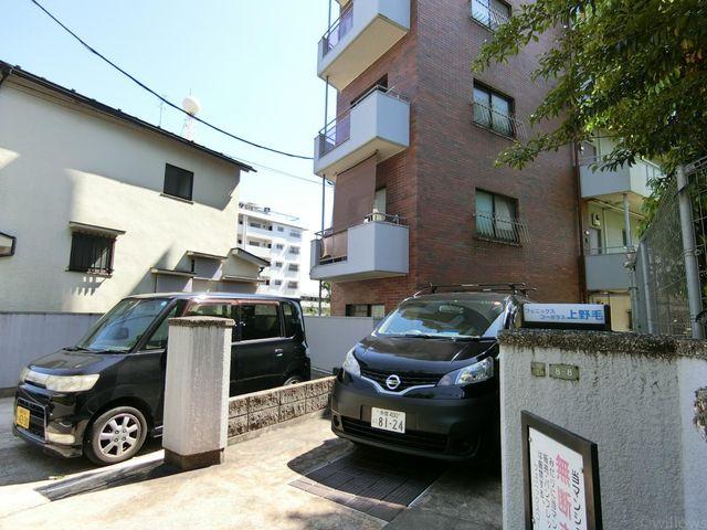駐車場2台空きあり。月額2万円です。空き状況等お気軽にお問い合わせください。
