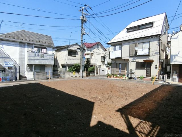 高田馬場の高台に位置する、好立地。土地形状も良く、使いやすい間取りの新築戸建になります。資産性や利便性もgood。