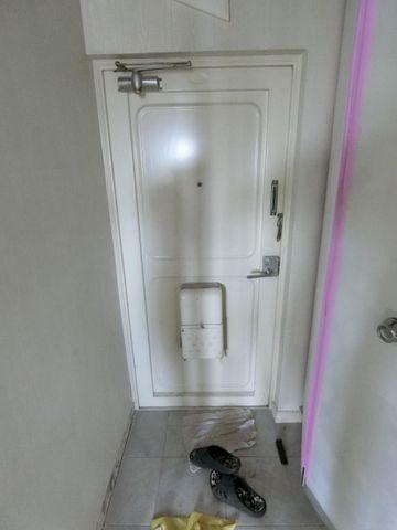 スッキリとコンパクトな玄関です。無駄がありません。
