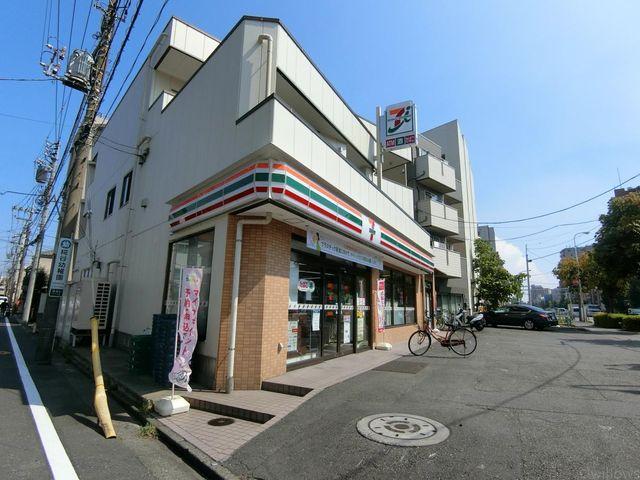 セブンイレブン大田区仲糀谷店 徒歩5分。 370m