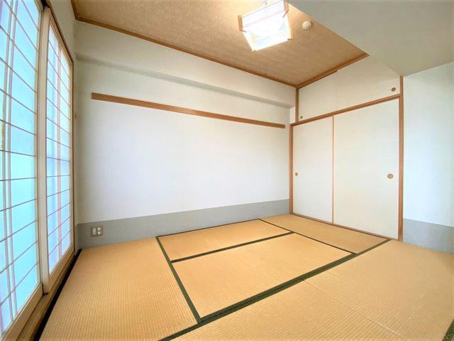 6帖の和室です。非常に綺麗にお使いですのでそのままお使い頂けます。