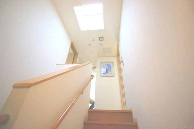 天窓がお家の中を明るくしてくれます。
