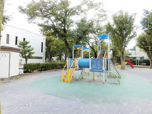 南長崎はらっぱ公園 徒歩4分。 300m