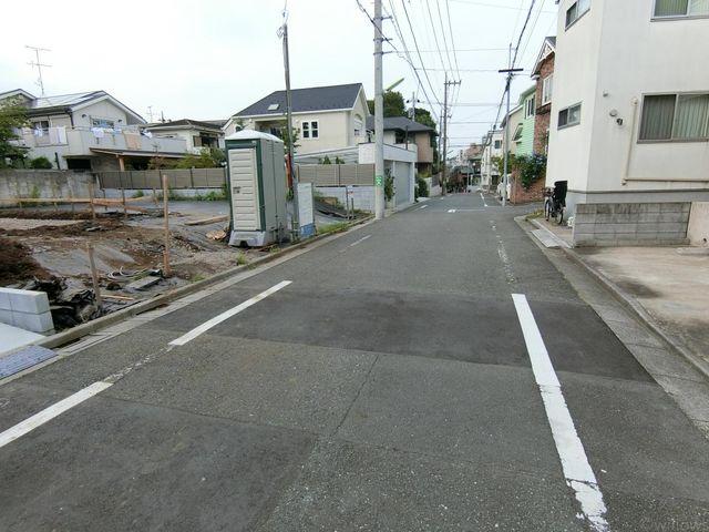 6.0mの前面道路きちんと整備されております。