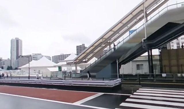 高輪ゲートウェイ駅(JR 京浜東北線) 徒歩11分。 940m