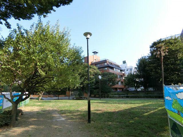 三田台公園 徒歩2分 160m