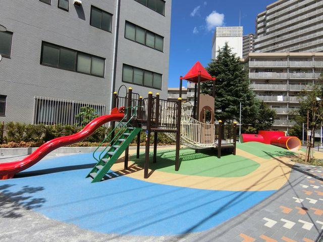柳島児童遊園 130m