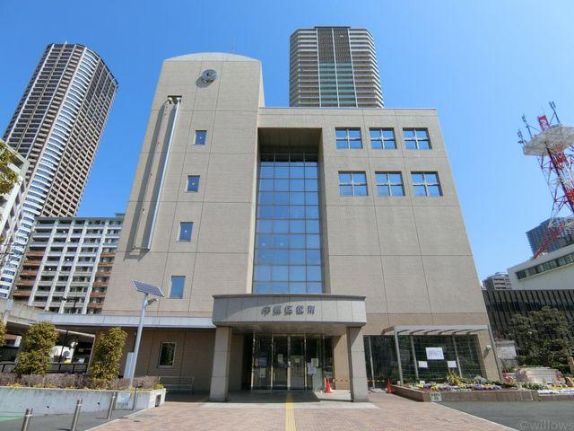 川崎市中原区役所 徒歩11分。 810m