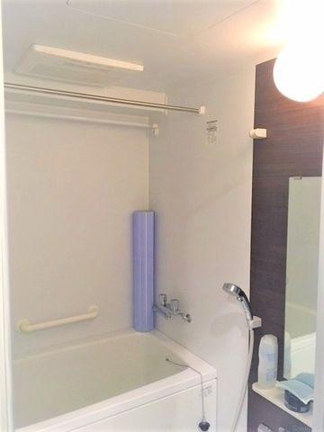 充実設備が整っている浴室。心身ともに癒されつつ、プライベートなひとときを送ることができるでしょう。