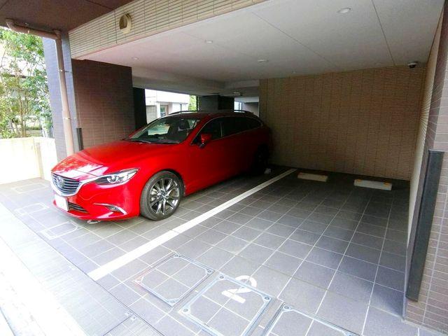 平置きで駐車出来るのは嬉しいですね。