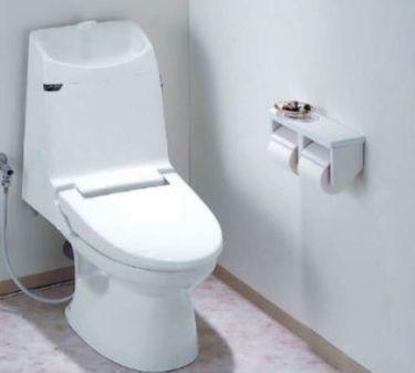トイレが綺麗だと、なんだか毎日気持ちよく過ごせそうです。ウォシュレット付の高機能トイレ、新規交換予定となっております。※同仕様イメージ写真(変更になる可能性がございます。)