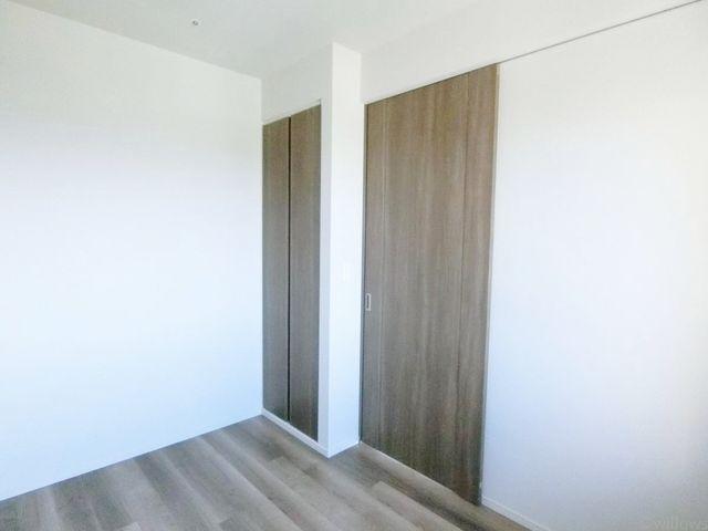 全室収納付きの3LDKタイプです。形の良いお部屋で、家具配置を考えるのも楽しそうですね。