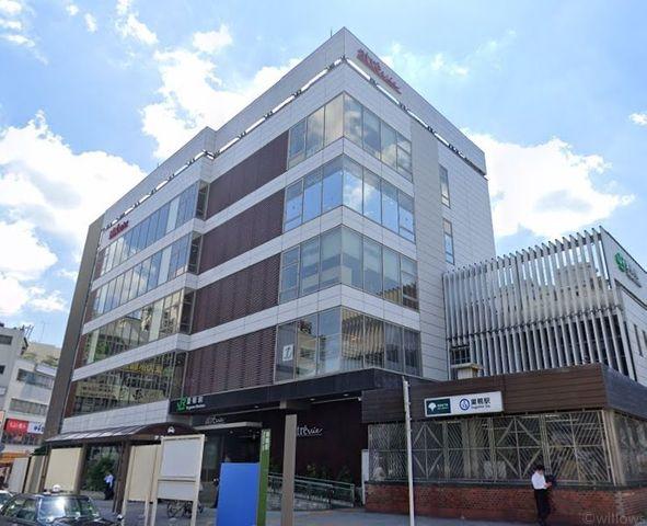 巣鴨駅(JR 山手線) 徒歩5分。 400m