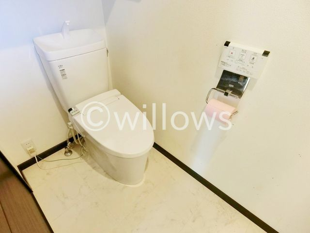 シンプルなトイレこそ使いやすいスタイルです。