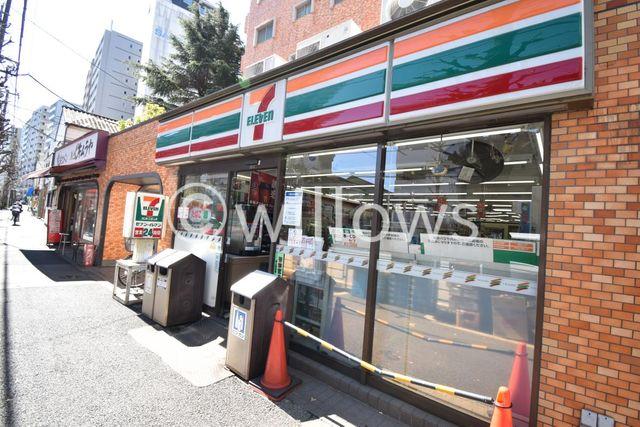 セブンイレブン文京本駒込2丁目店 徒歩2分。 100m