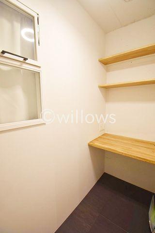 汎用性の高いお部屋は、プライベートな時間を満喫できる個室として。