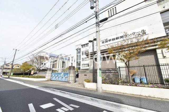 川崎市立西中原中学校 徒歩10分。 760m