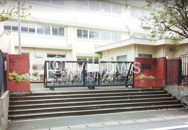 川崎市立坂戸小学校 450m