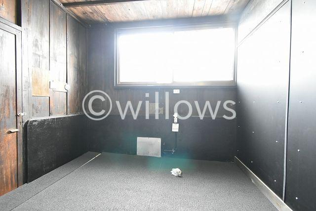 こちらのフリースペースには、シャワーブースや洗面台等を設置することが可能です。