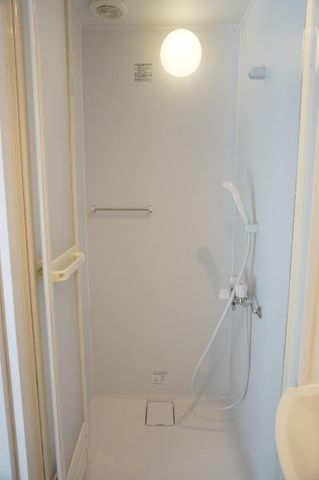 シャワールーム