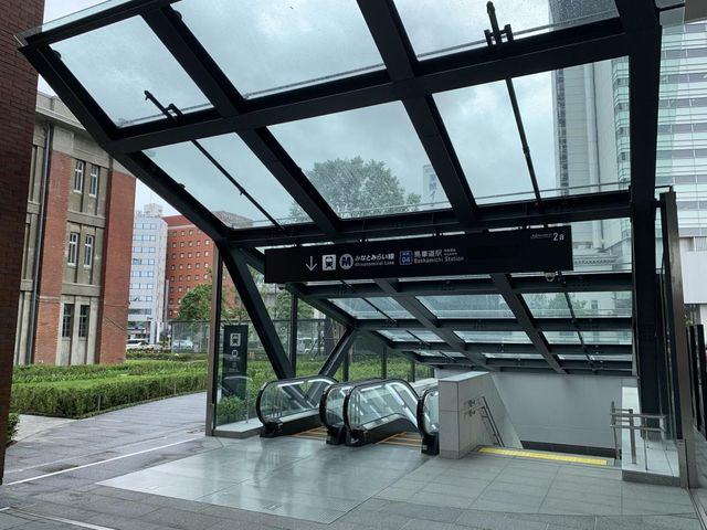 馬車道駅(横浜高速鉄道 みなとみらい線) 徒歩1分。 80m